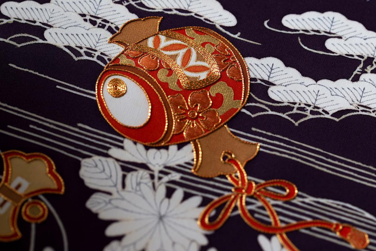 着物に使われる日本の伝統的な模様:宝尽くし「打ち出の小槌」