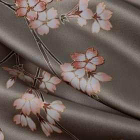 訪問着「枝垂れ桜」利久色・繻子。上前アップ3